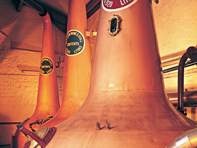 Bushmills Irish Whiskey Honey Distillery
